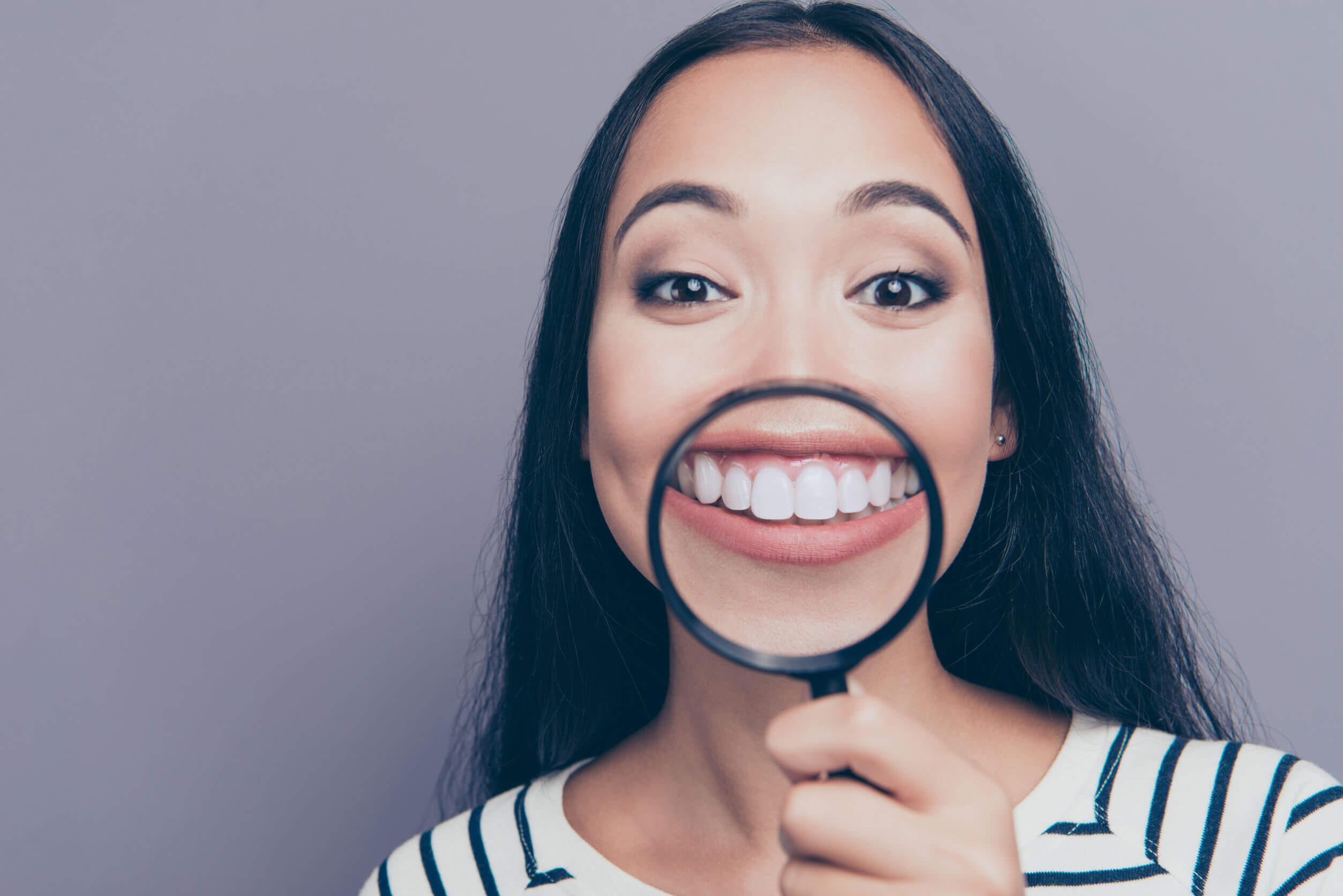 Hilft ein Neuaufbau der Eckzähne gegen Zähneknirschen?