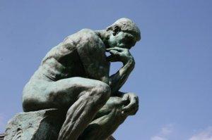 Rodin'S Denkerskulptur - Wie beim Zähneknirschen mit der Hand